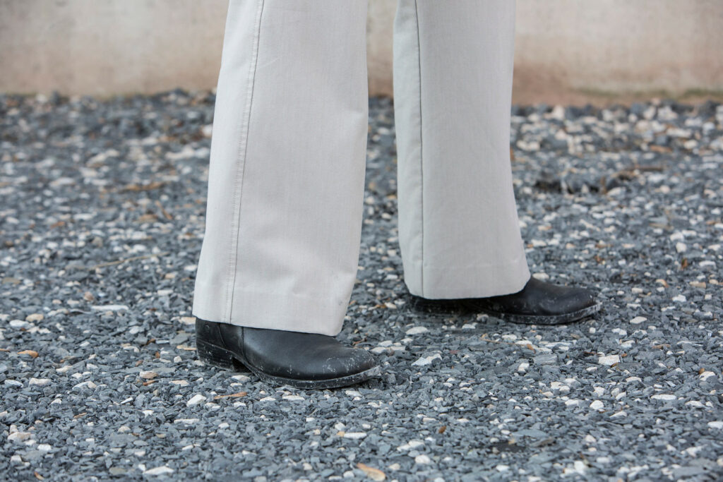 Where to position feet for recoil management