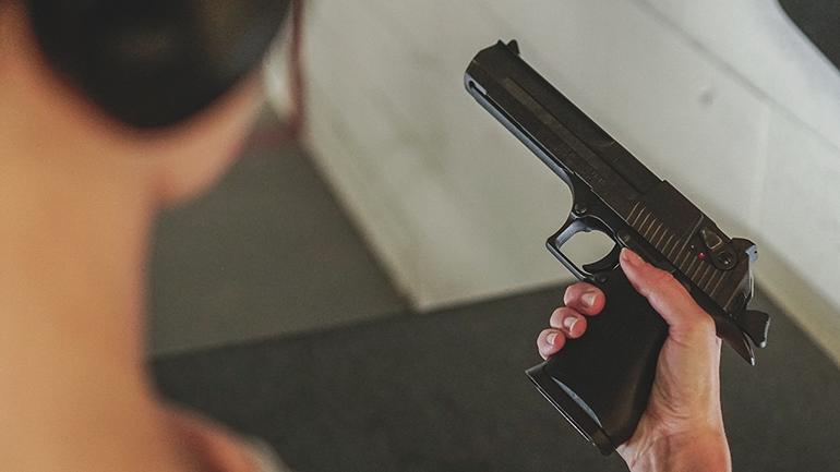 Reloading a pistol